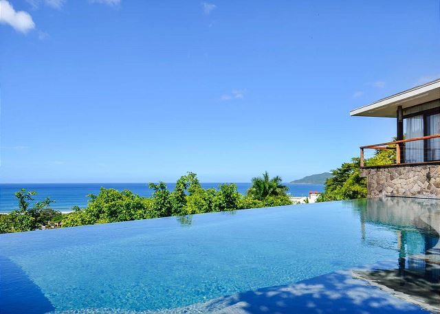 best time to travel to Costa Rica stay at Casa Puros Dieces