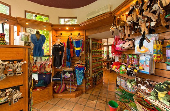 Local Tamarindo Shopping
